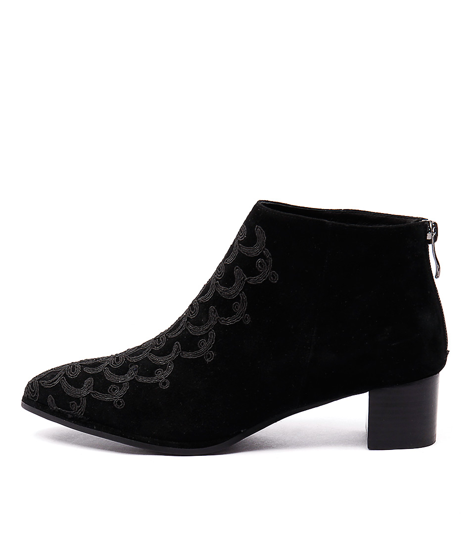 Django & Juliette Jason Black Black Casual Ankle Boots