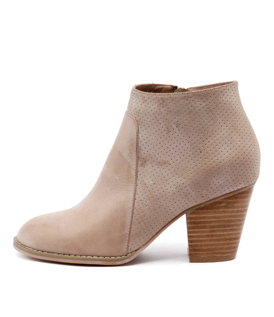 Django & Juliette Remote Taupe Casual Ankle Boots