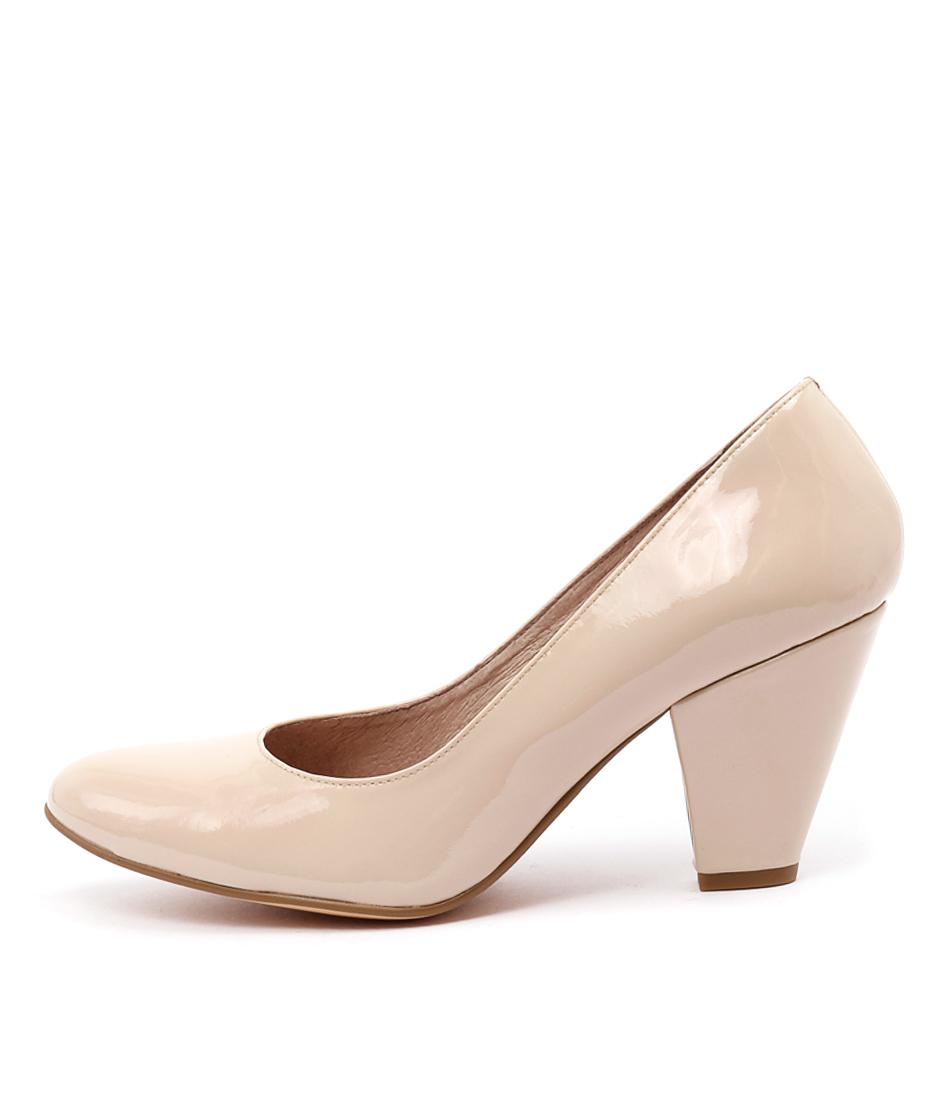 Django & Juliette Classic Nude Shoes