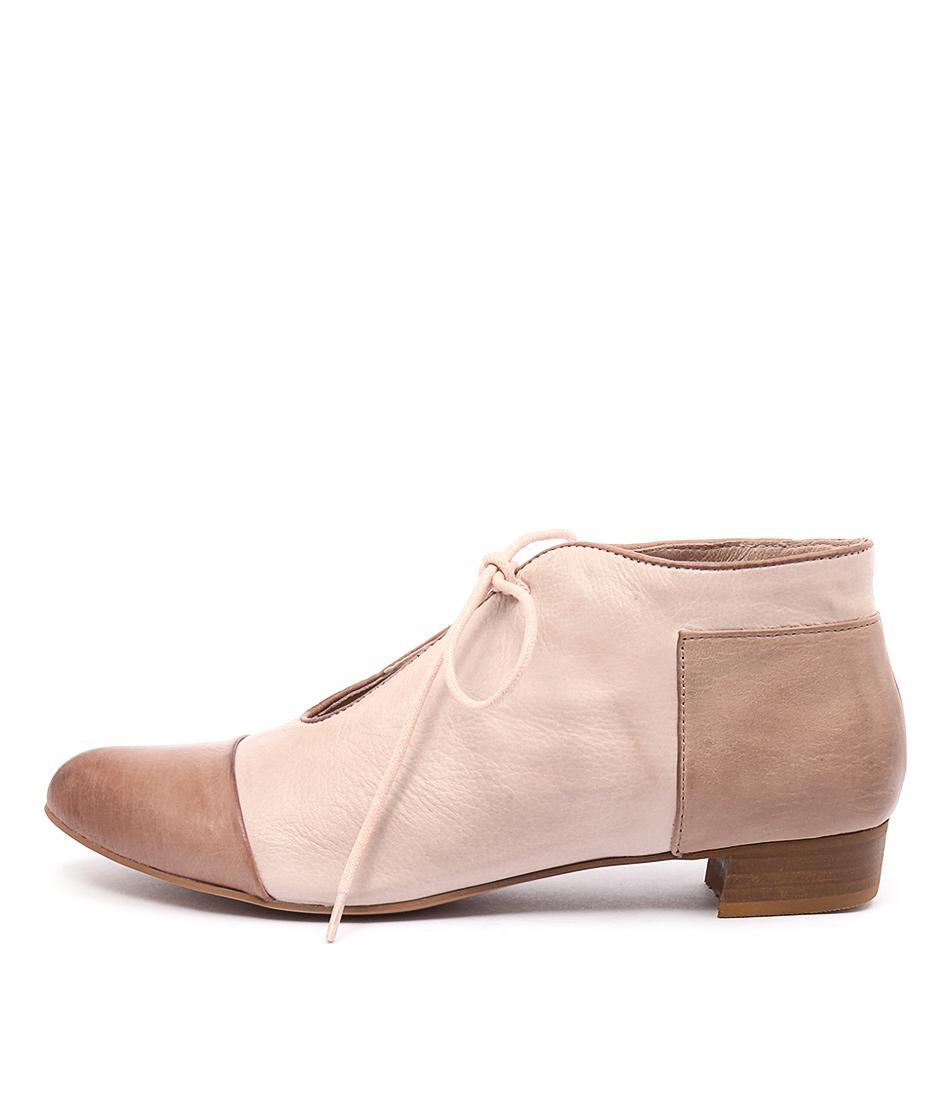 Django & Juliette Elista Cafe Dk Nude Casual Flat Shoes