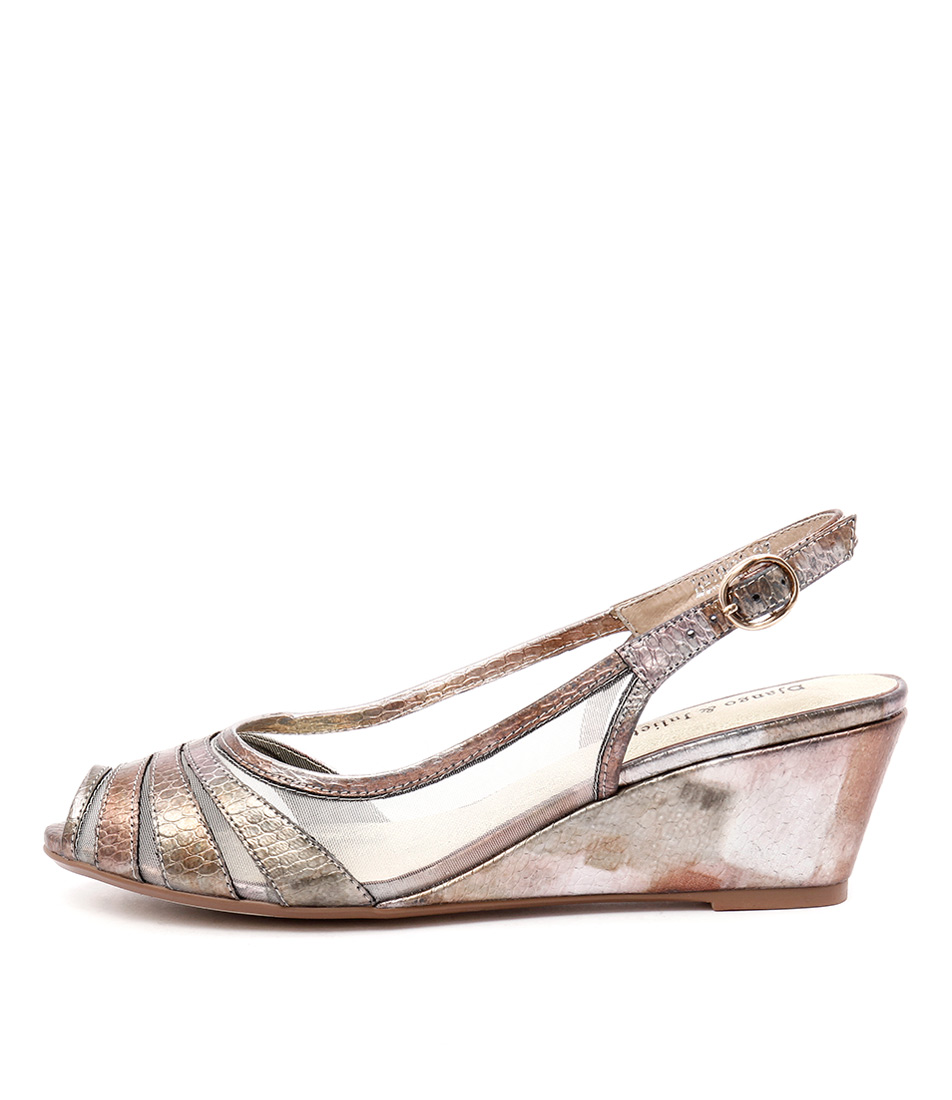 Django & Juliette Brunos Champagne Multi Sandals