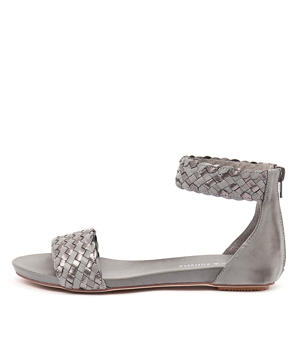 Django & Juliette Gamree Grey Light Pewter Sandals
