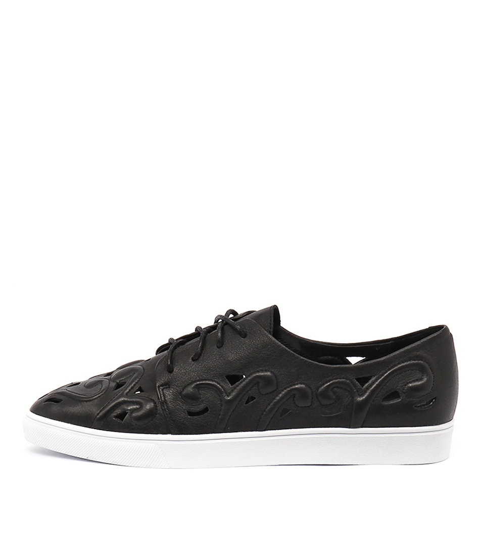 Django & Juliette Handy Black Sneakers