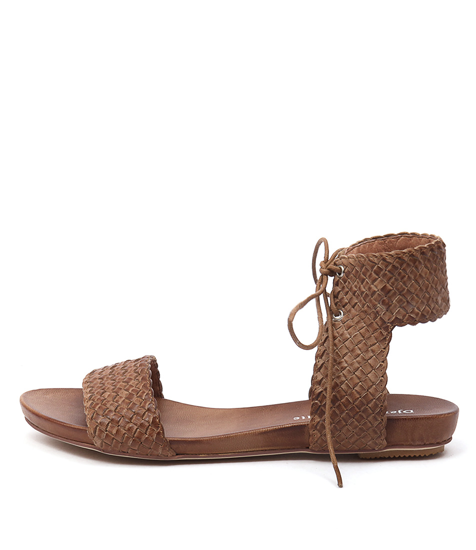 Django & Juliette Glinda Tan Casual Flat Sandals