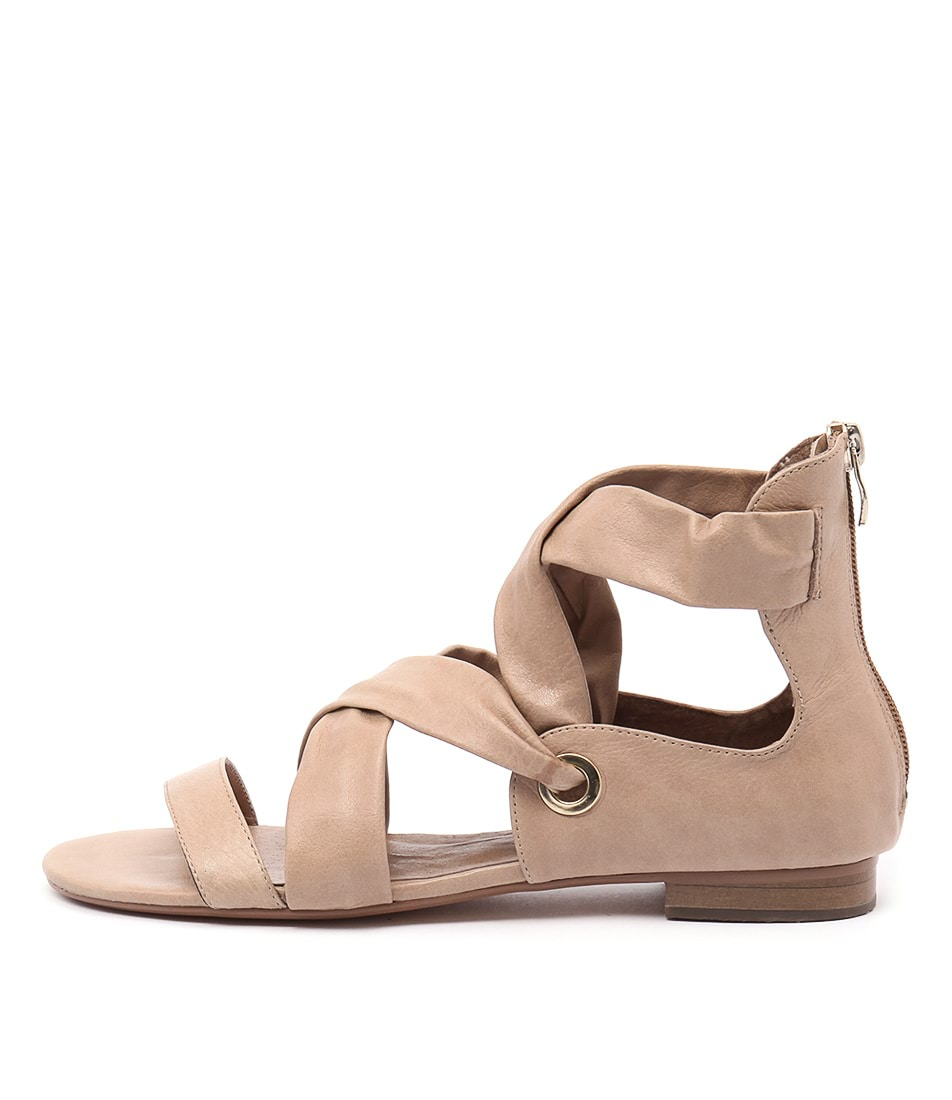 Django & Juliette Pish Latte Sandals