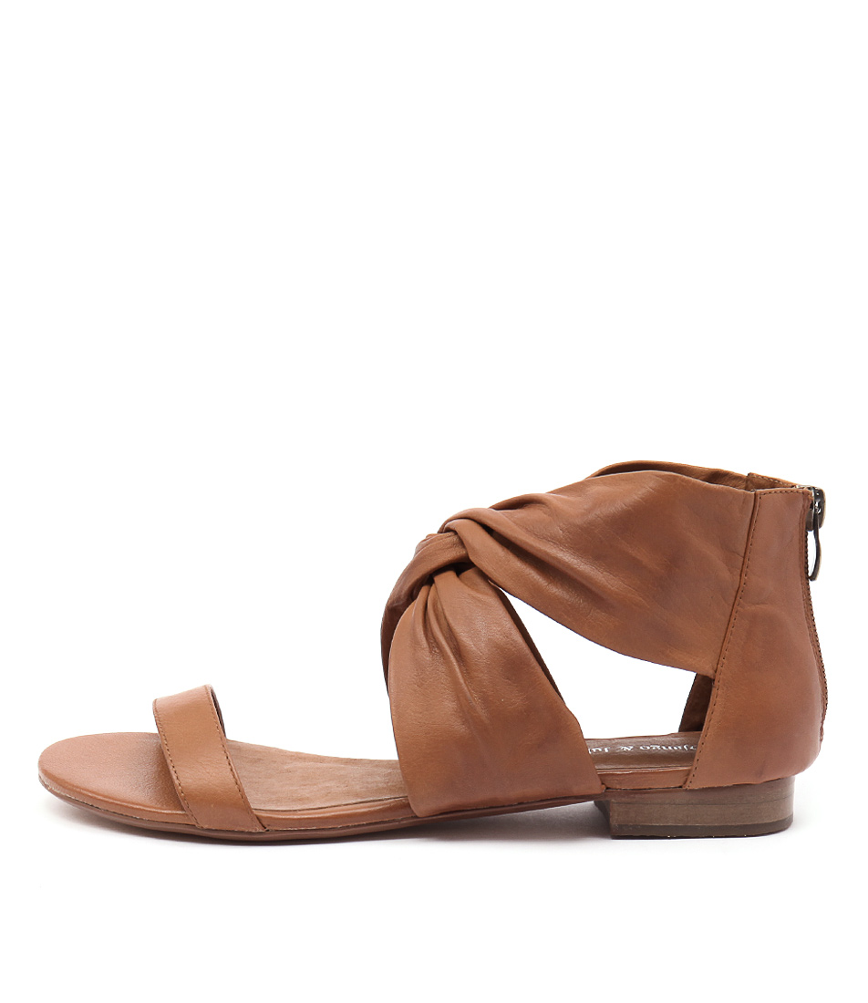Django & Juliette Pakiny Tan Sandals