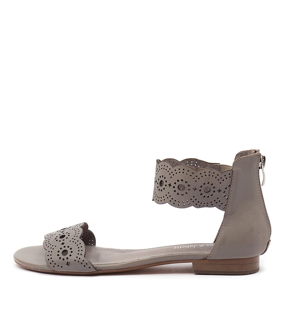 Django & Juliette Palatie Misty Casual Flat Sandals