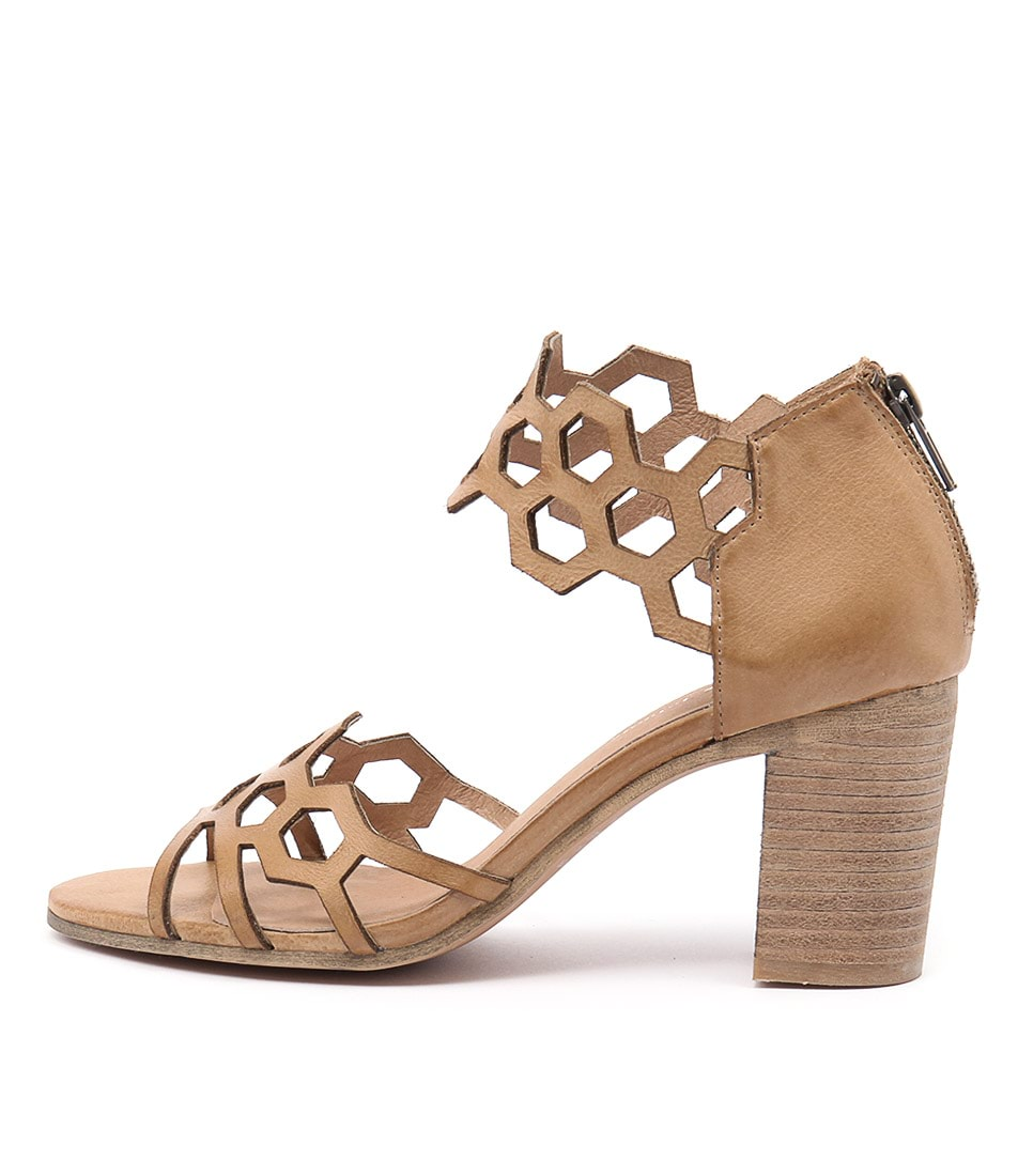 Django & Juliette View Tan Sandals