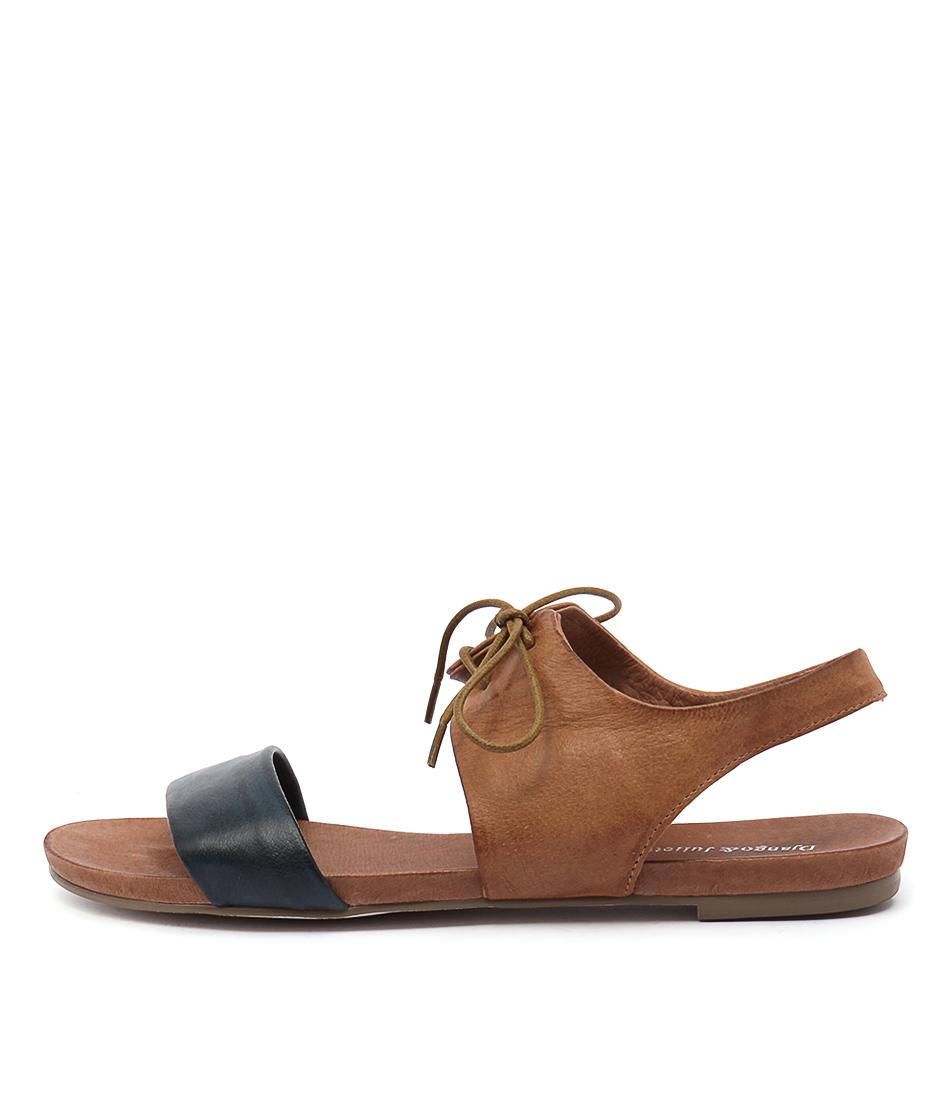 Django & Juliette James Navy Tan Sandals