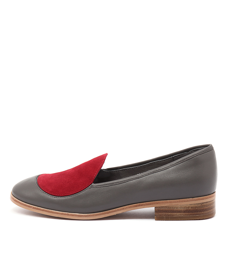 Django & Juliette Diskette Grey Red Flat Shoes