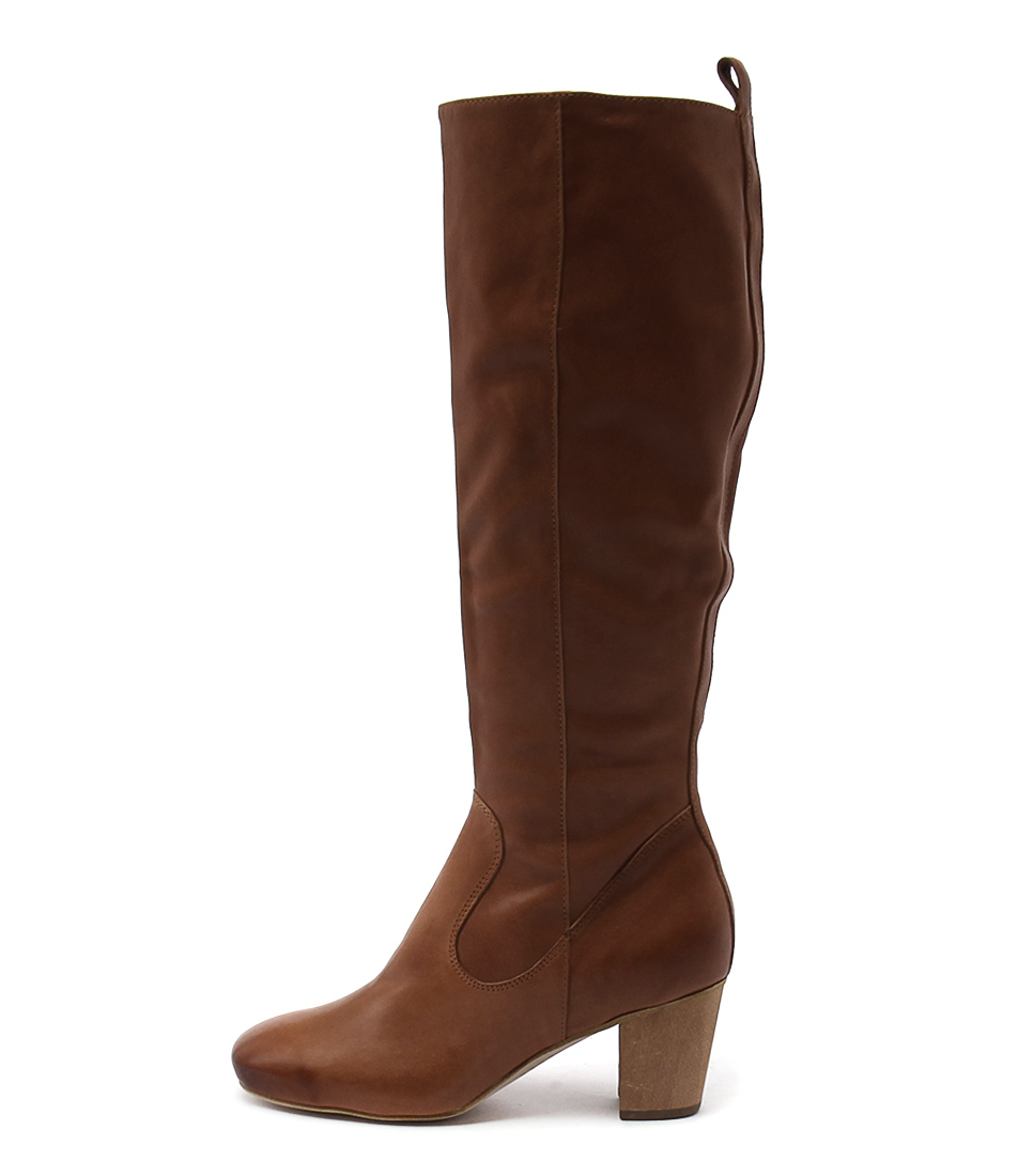 Django & Juliette Array Tan Casual Long Boots