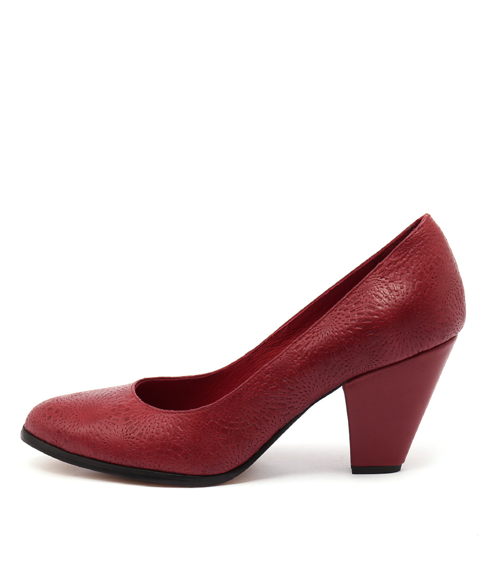 Django & Juliette Classica Red Casual Heeled Shoes