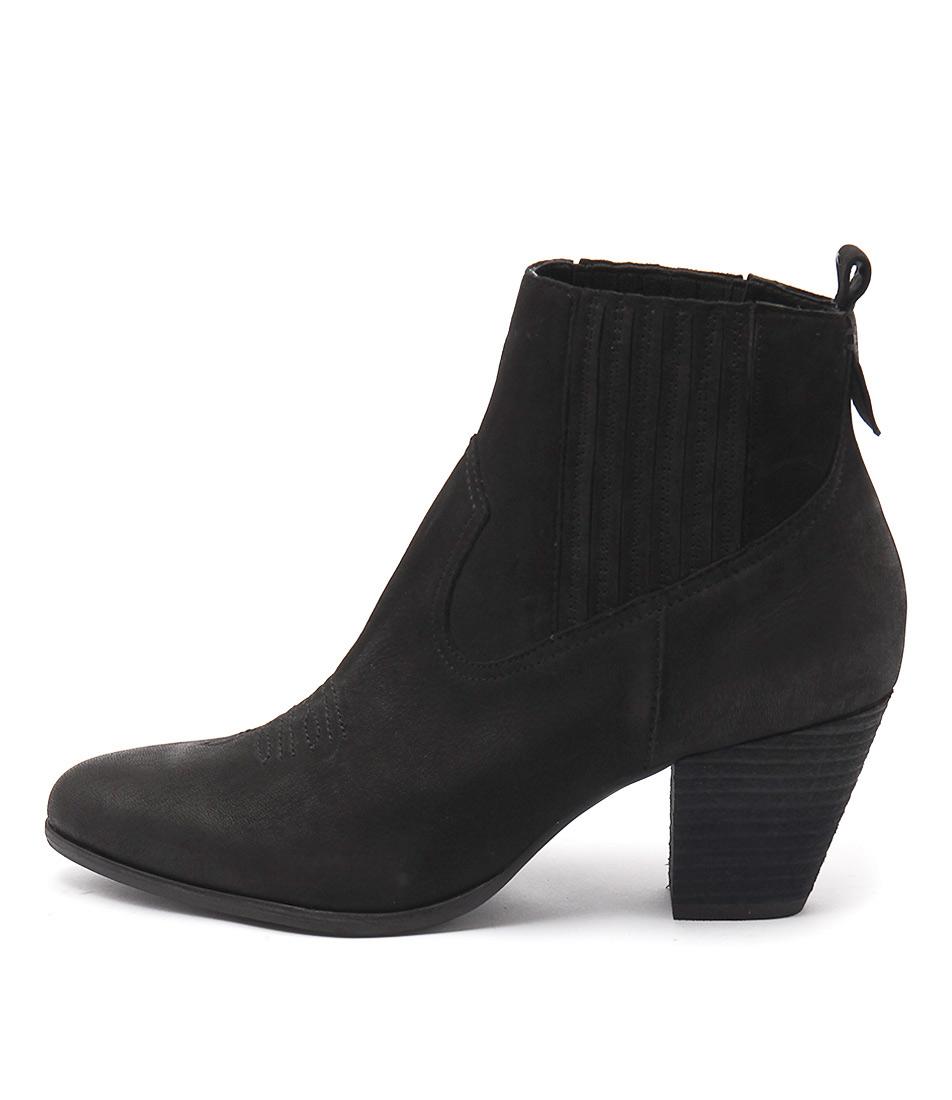 Django & Juliette Fanger Black Ankle Boots