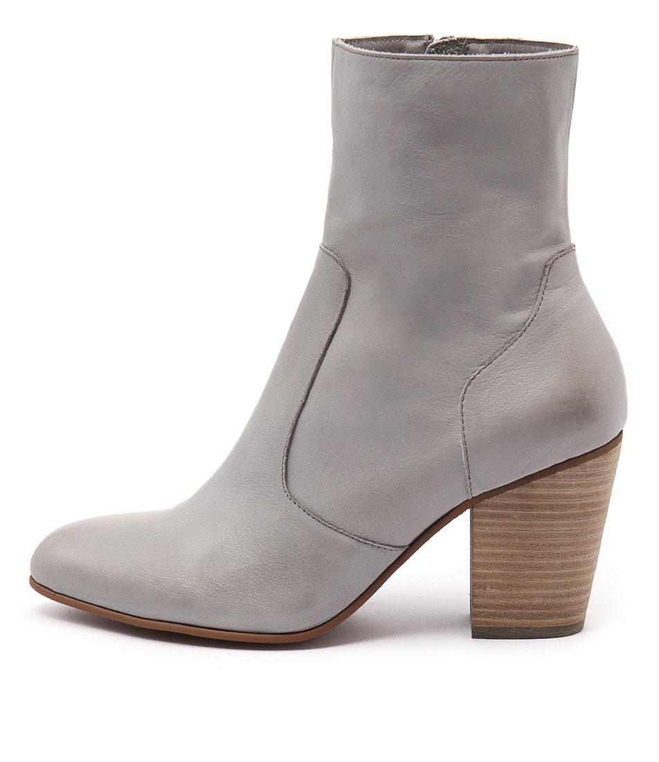 Django & Juliette Hester Grey Ankle Boots