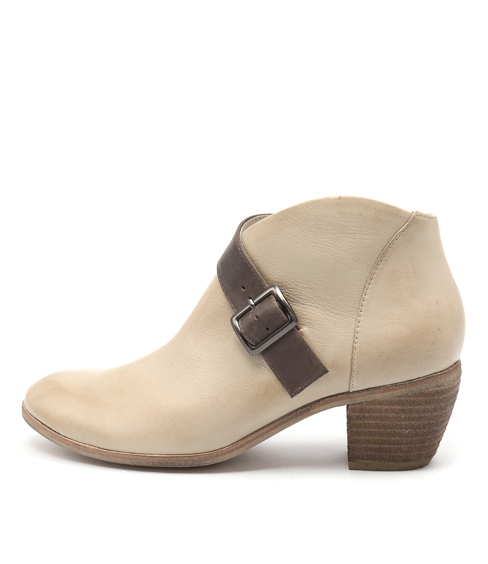 Django & Juliette Moose Latte Taupe Casual Ankle Boots