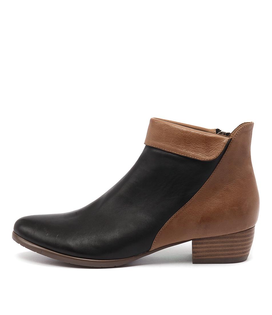 Django & Juliette Tella Black Dk Tan Ankle Boots