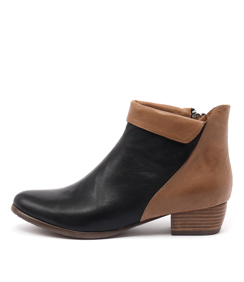 Django & Juliette Tella Navy Dk Tan Ankle Boots