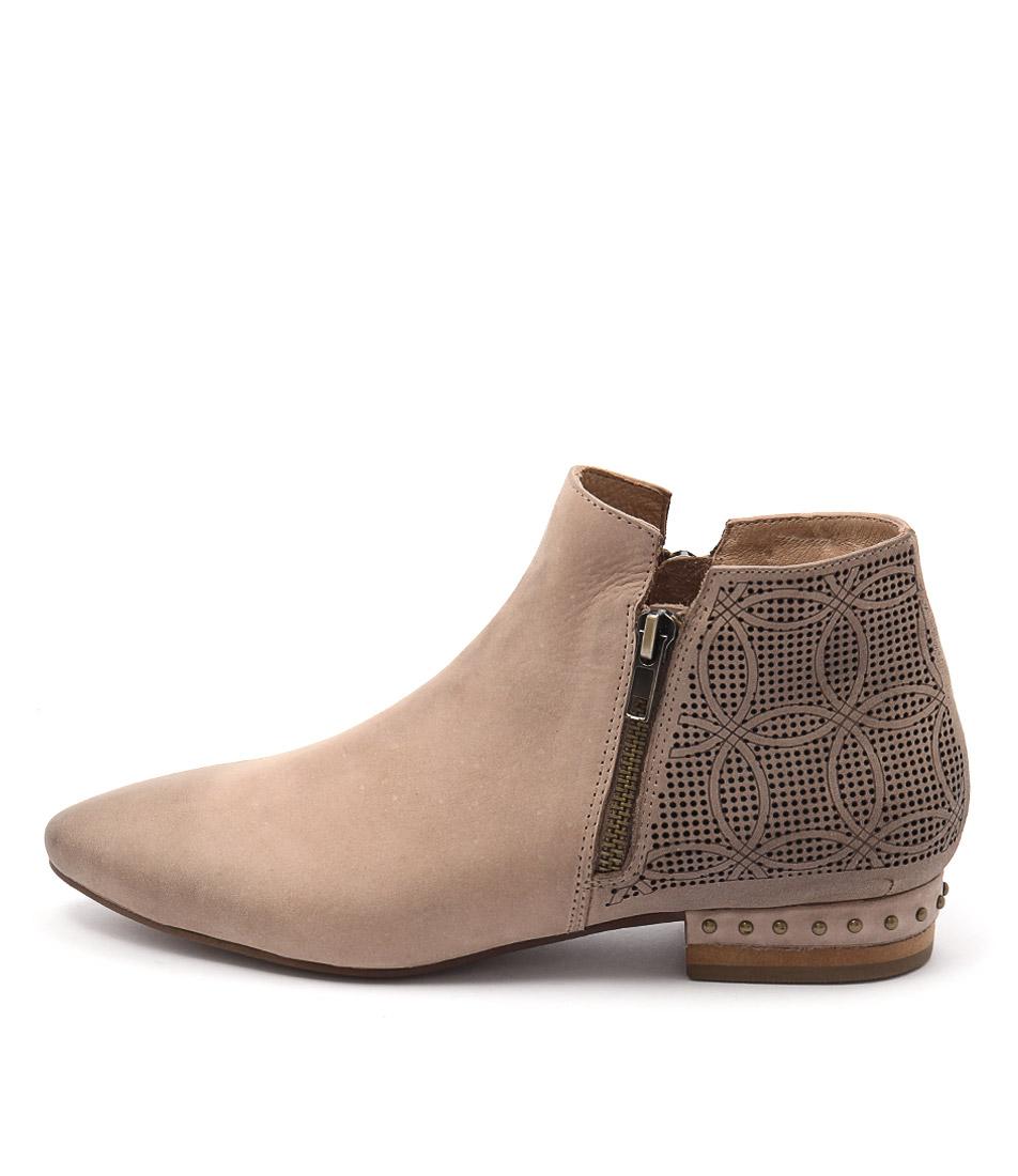 Django & Juliette Verona Latte Ankle Boots