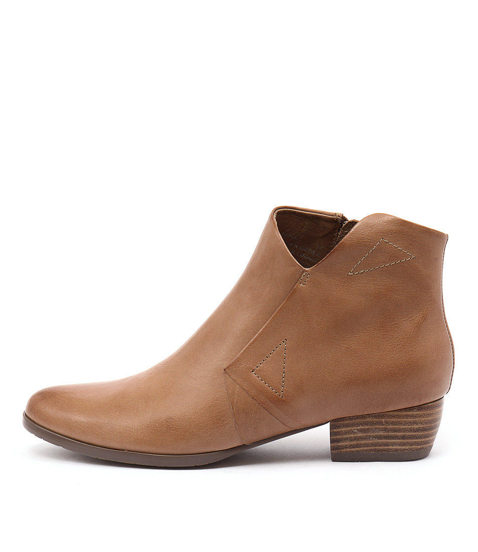 Django & Juliette Tafia Dk Tan Ankle Boots