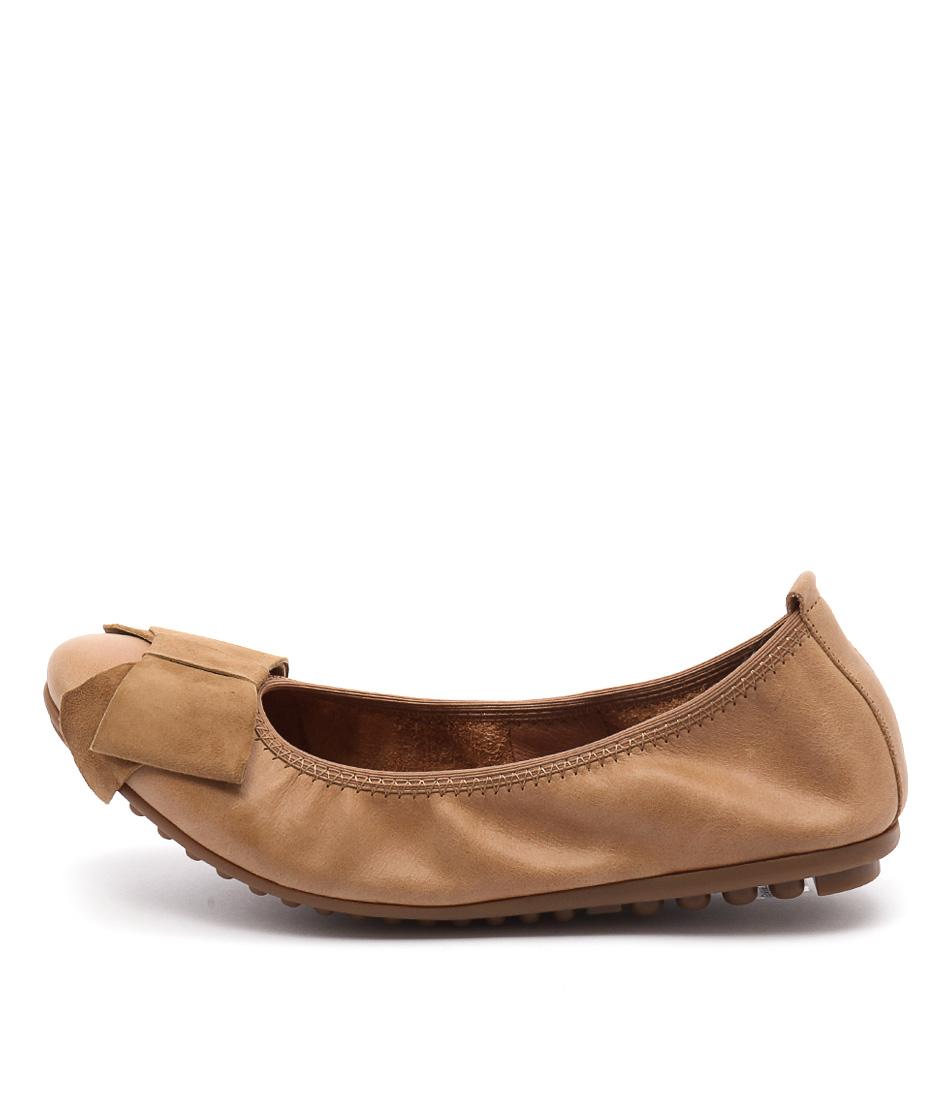 Django & Juliette Bowie Tan Casual Flat Shoes