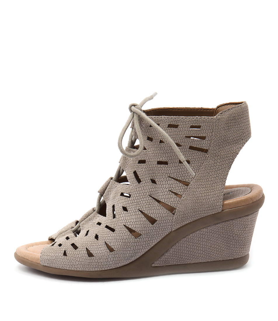 Earth Daylily Taupe Heeled Sandals