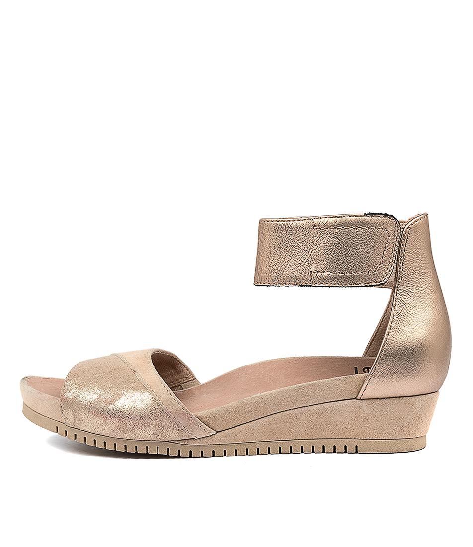 Buy Earth Sagittarius Ea Gold Light Tan Heeled Sandals online with free shipping