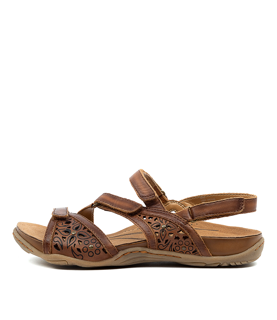 Buy Earth Maui2 Ea Sand Brown Flat Sandals online with free shipping