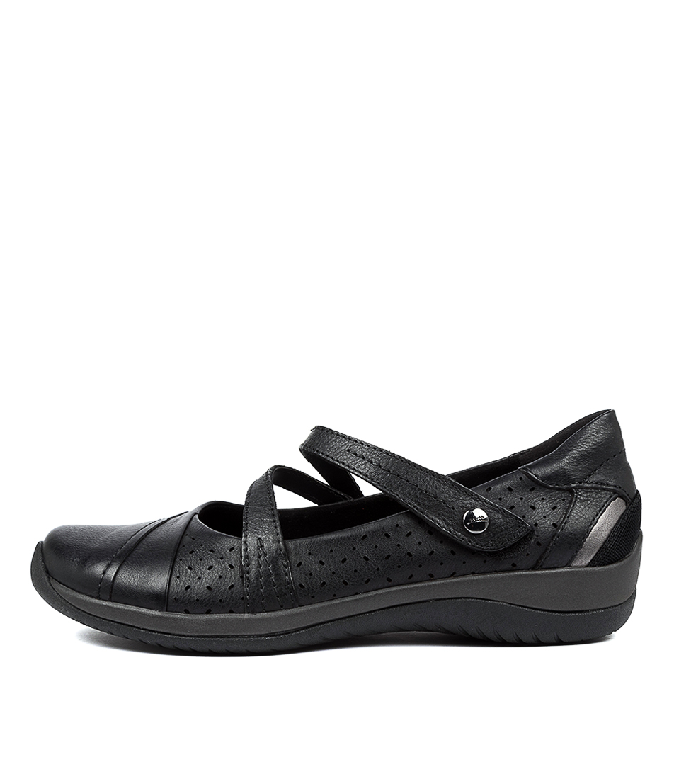 Buy Earth Newton2 Ea Black Flats online with free shipping
