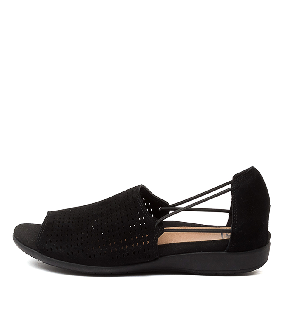 Buy Earth Abra Ea Black Flats online with free shipping