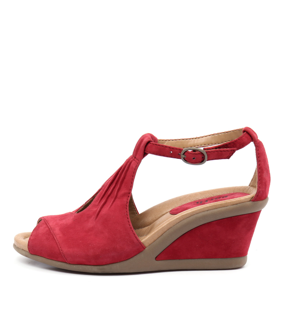 Earth Caper Red Heeled Sandals