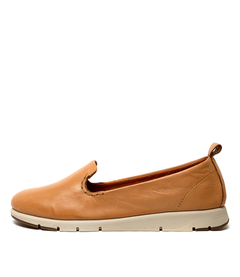 Buy Effegie Aria W Tan Flats online with free shipping