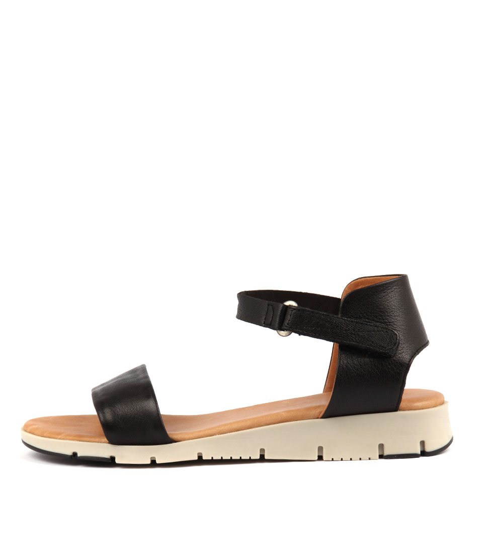 Buy Effegie Aeria W Black Flat Sandals online with free shipping