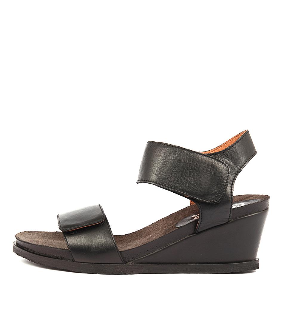 Effegie Isla W Black Heeled Sandals