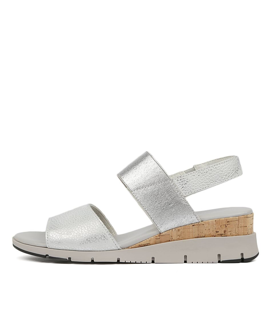 Buy Effegie Basque W Silver Sandals Flat Sandals online with free shipping