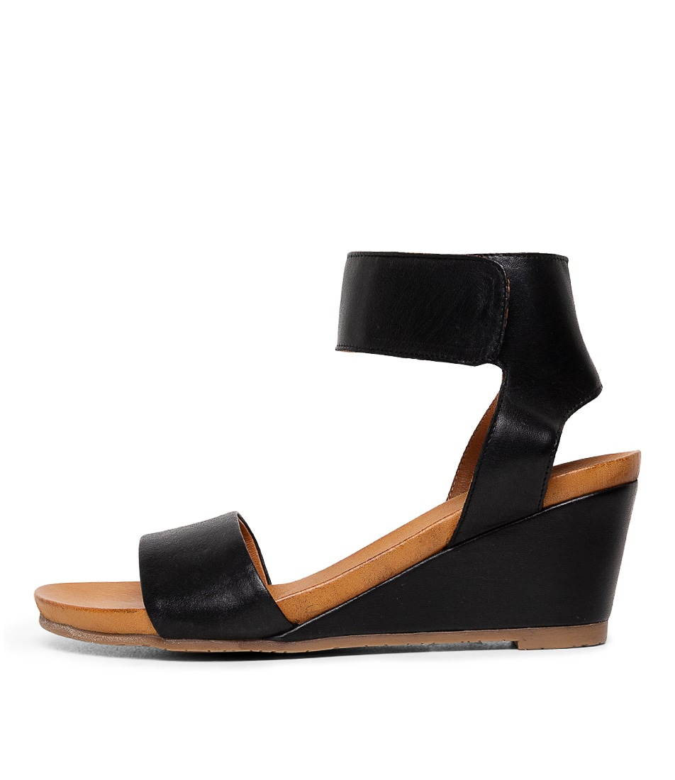 Buy Effegie Emma2 W Black Heeled Sandals online with free shipping