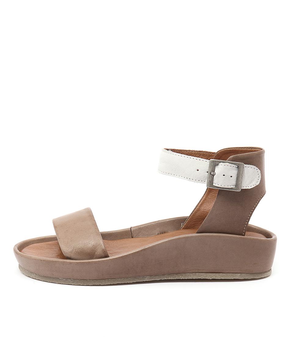 Effegie Aria W Taupe White Sandals