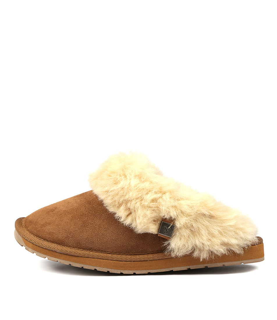 Buy Emu Australia Platinum Eden Chestnut Flats online with free shipping