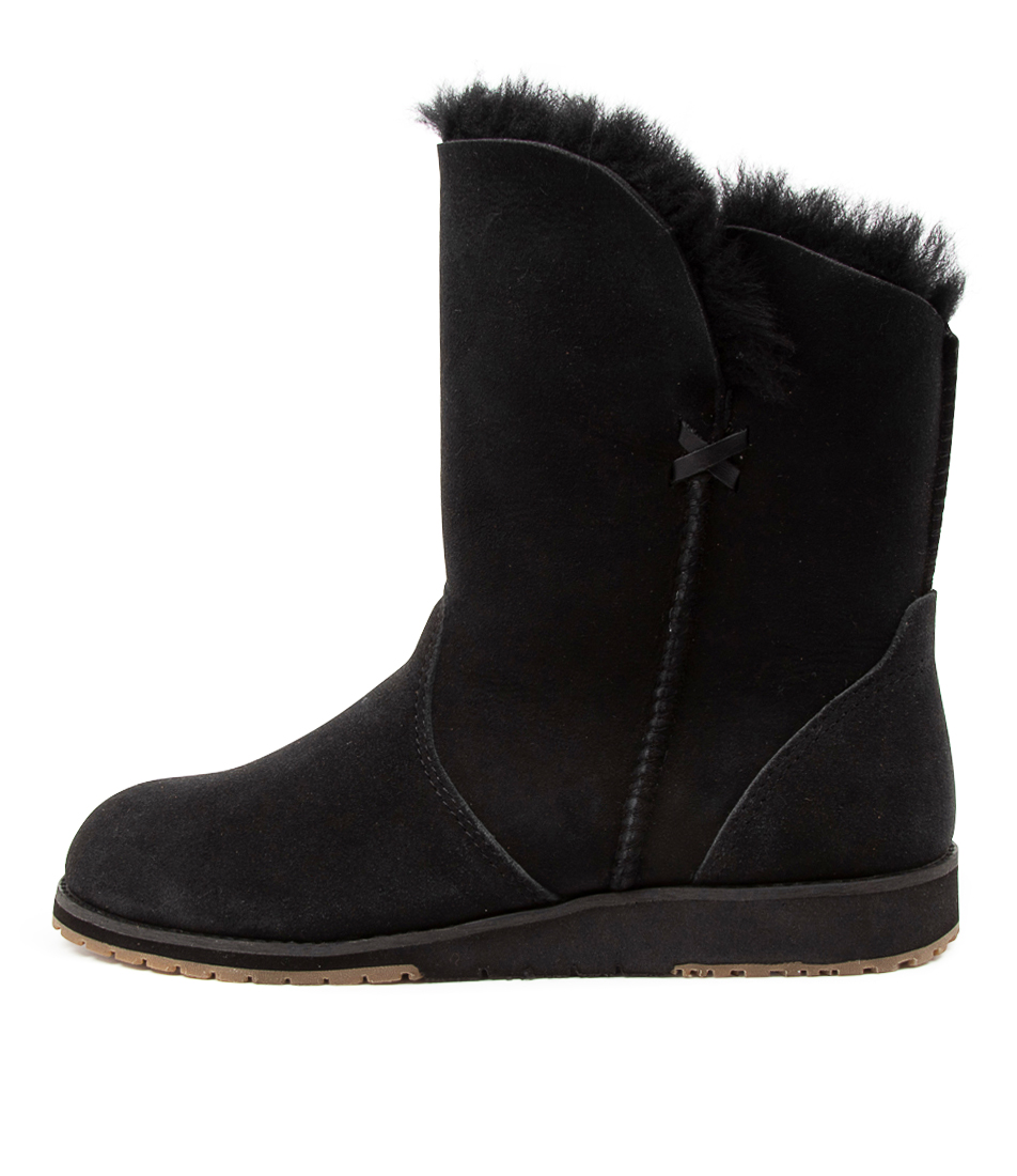 Buy Emu Australia Bells Beach Lo Black Ankle Boots online with free shipping