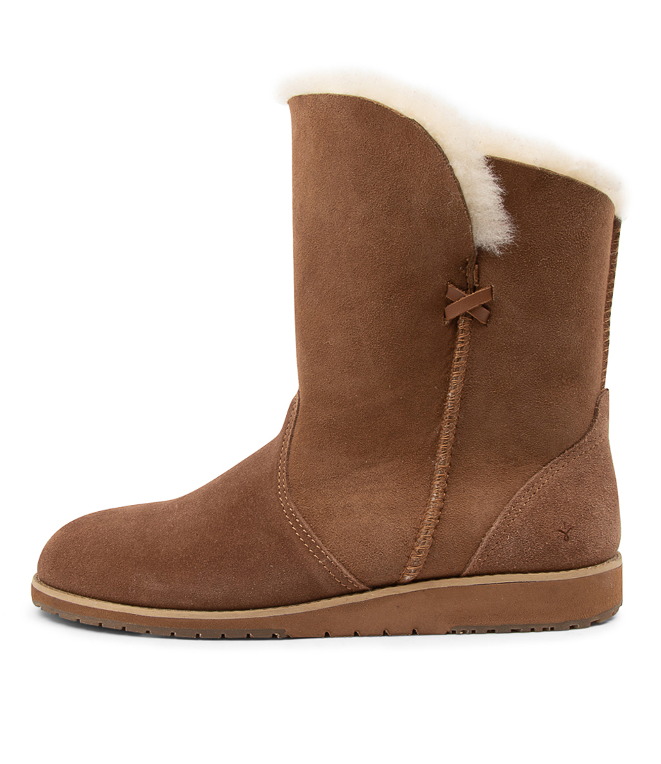 Buy Emu Australia Bells Beach Lo Chestnut Ankle Boots online with free shipping