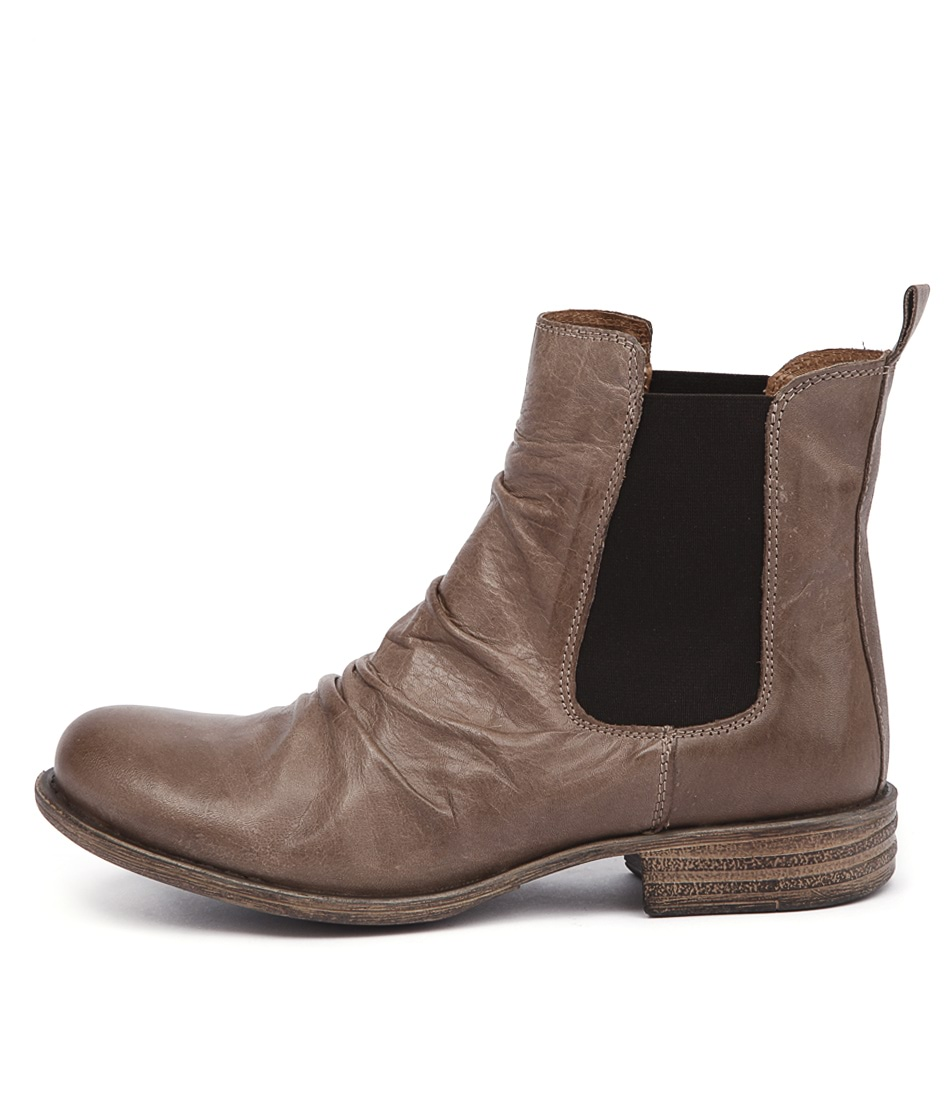 Eos Willo W Taupe Casual Ankle Boots
