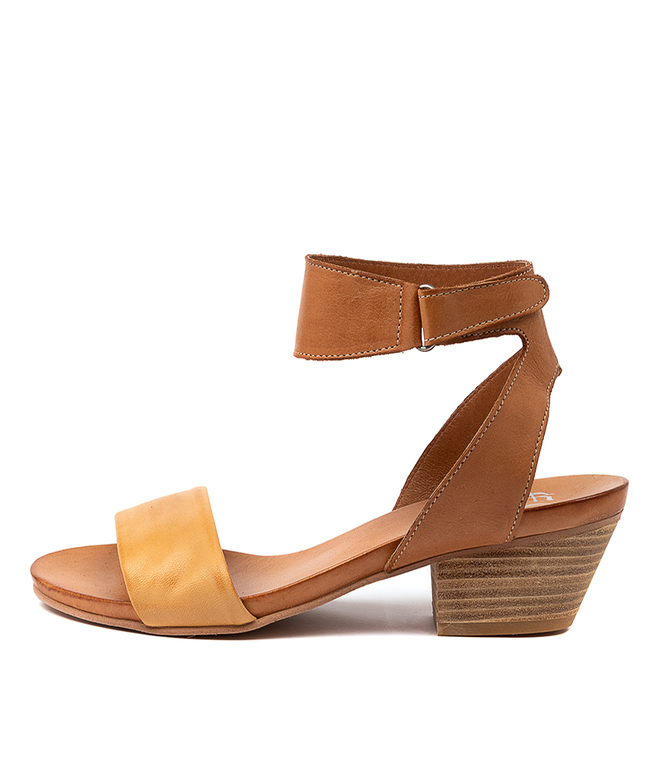 Buy Eos Cubo W Tan Heeled Sandals online with free shipping