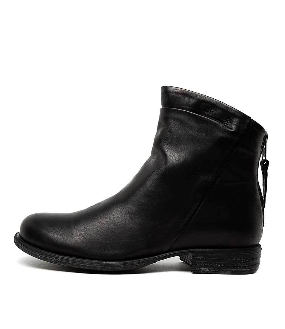 Buy Eos Wilder W Black Ankle Boots online with free shipping