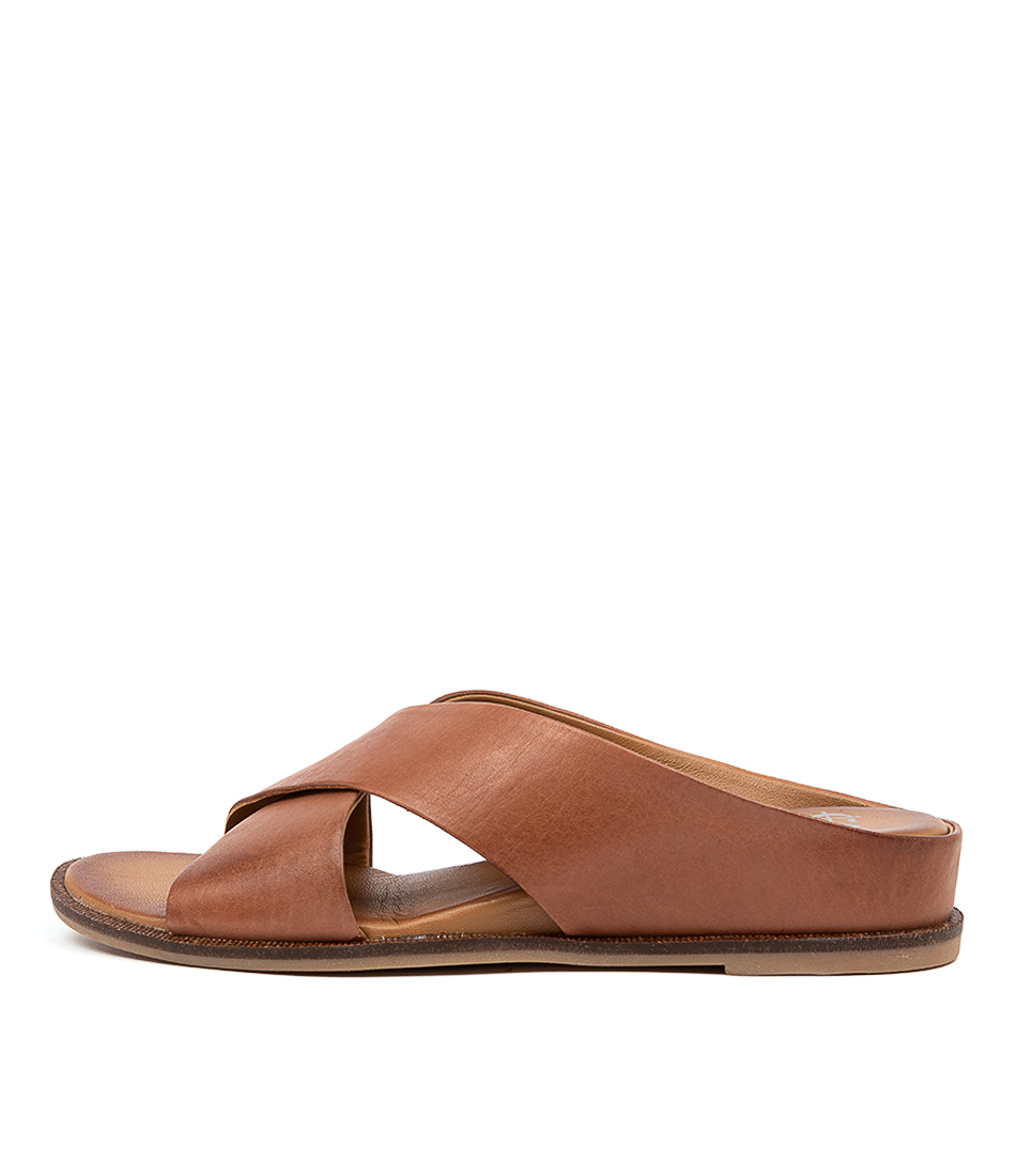 Buy Eos Fleur Eo Cognac Flat Sandals online with free shipping