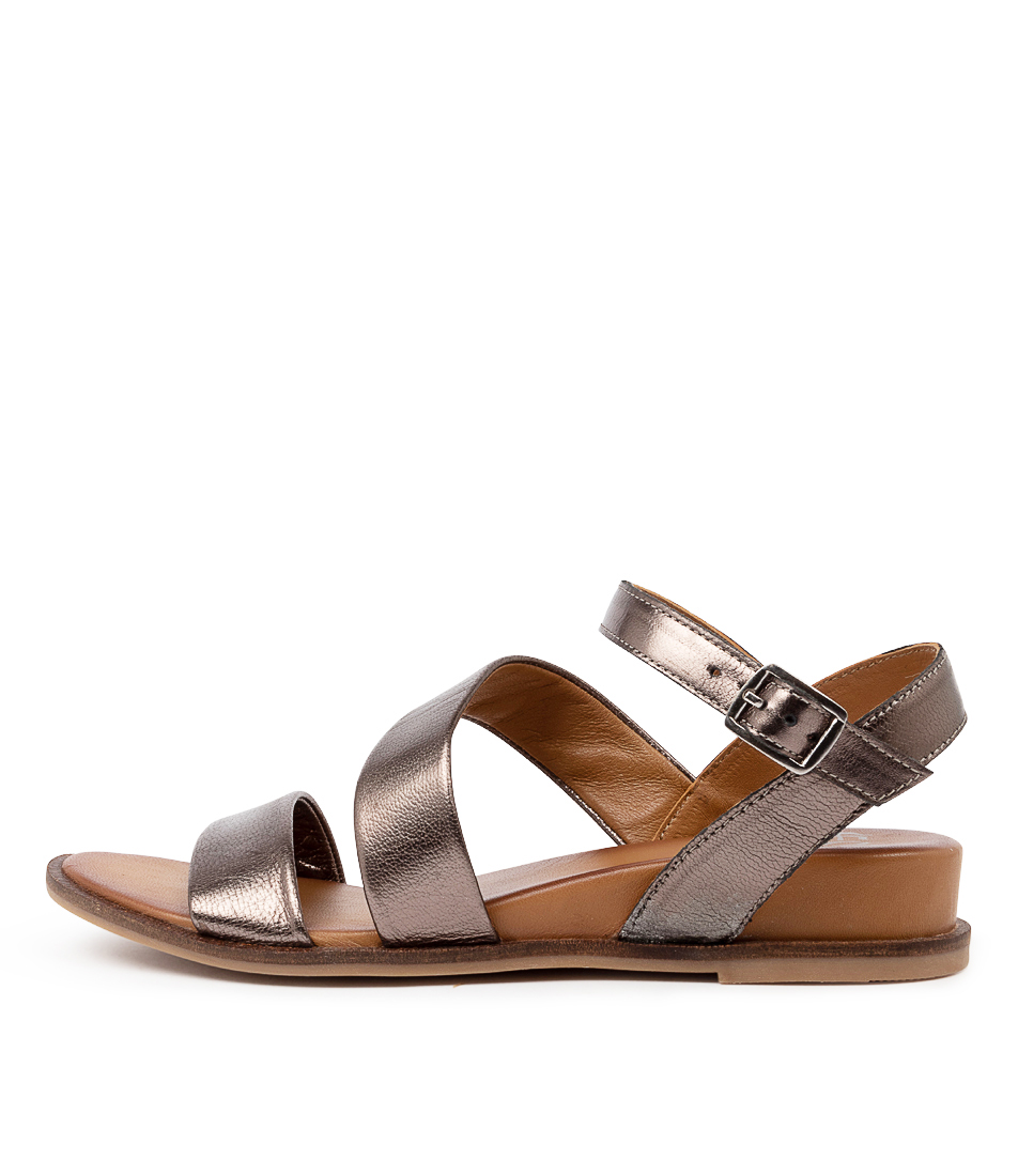 Buy Eos Failyn Eo Pewter Flat Sandals online with free shipping