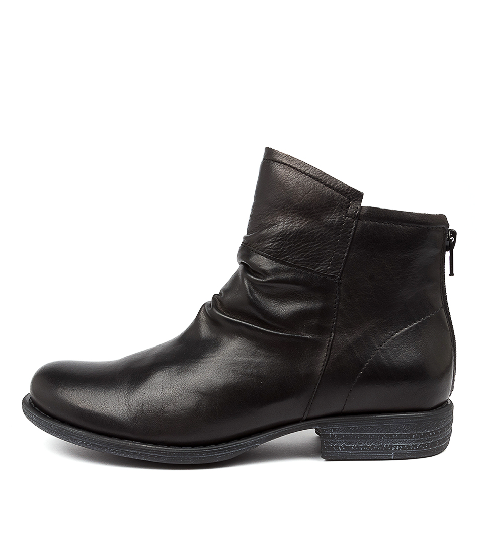 Buy Eos Wilka Eo Black Ankle Boots online with free shipping