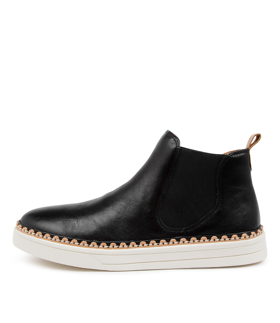 Buy Eos Moora Eo Black Ankle Boots online with free shipping