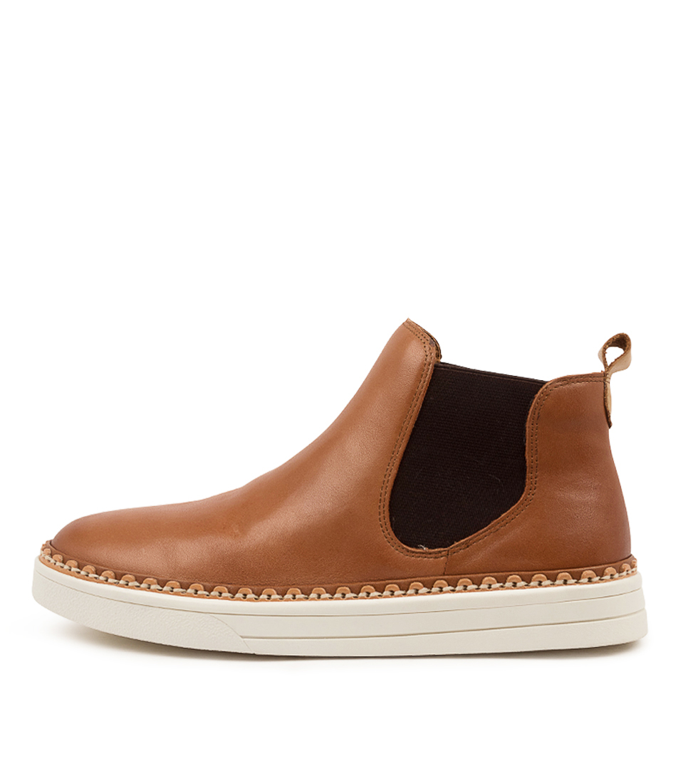 Buy Eos Moora Eo Brandy Ankle Boots online with free shipping