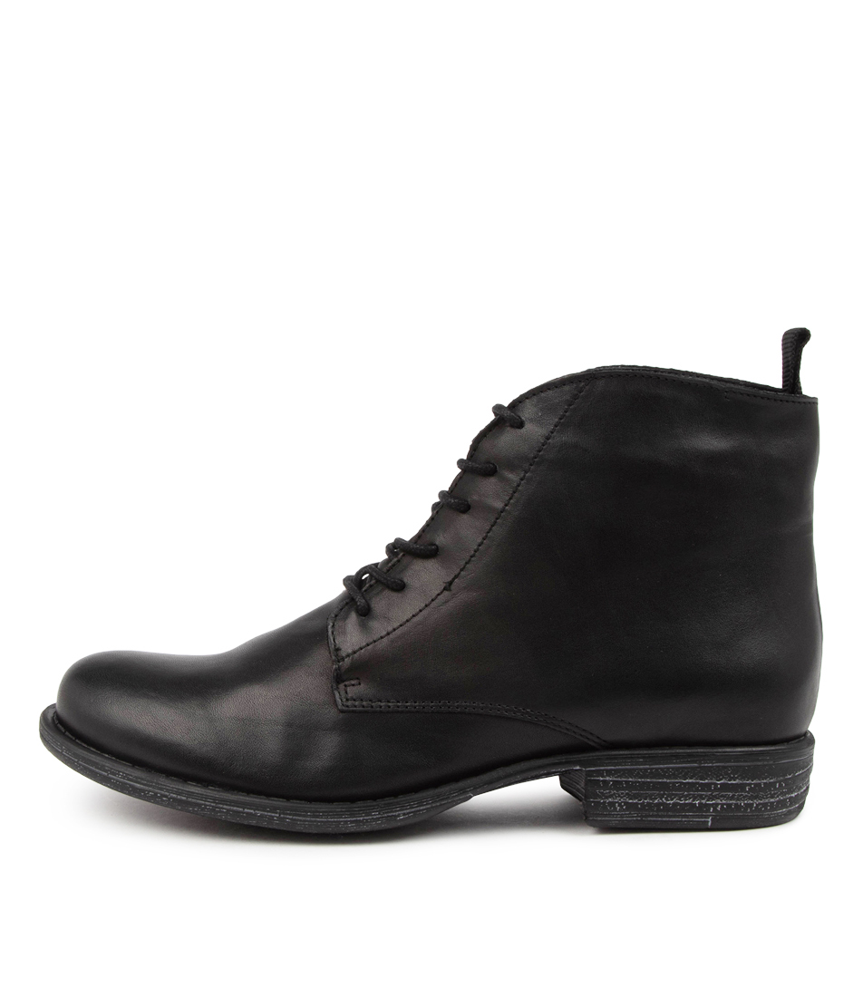 Buy Eos Winter Eo Black Ankle Boots online with free shipping