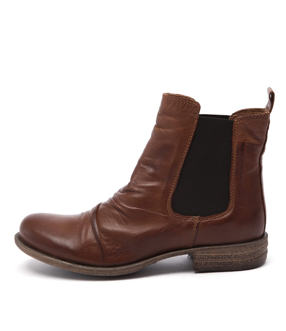 Eos Willo W Brandy Casual Ankle Boots