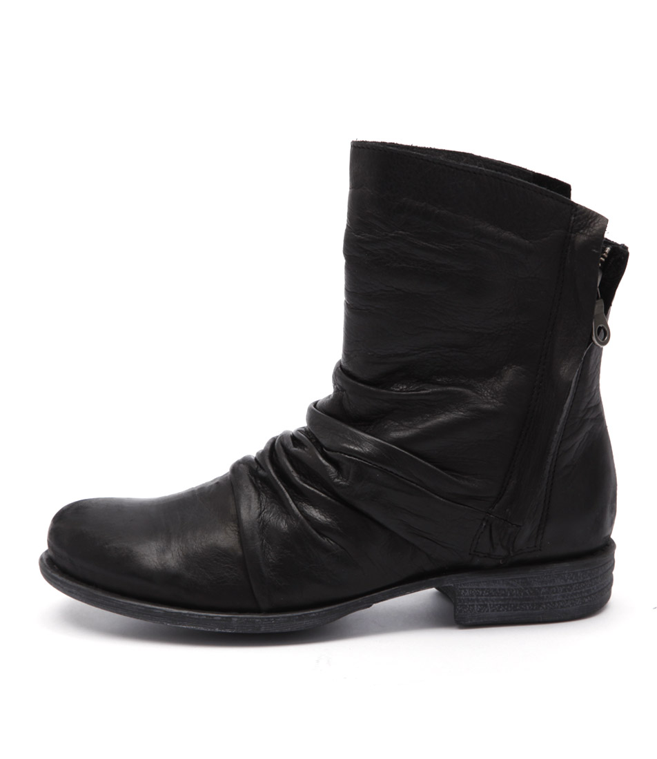 Eos Wily W Black Ankle Boots